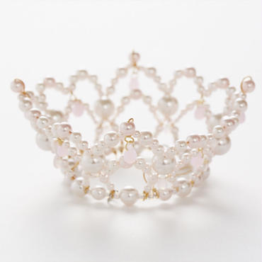 Pale Pink Pearl Crown