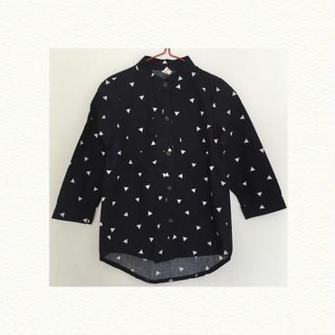 ▲柄ロングシャツ