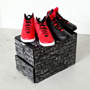 "【日本未発売】Nike Hyperfuse 2011 Team Nike ""Run With Us / Run From Us"" Pack"