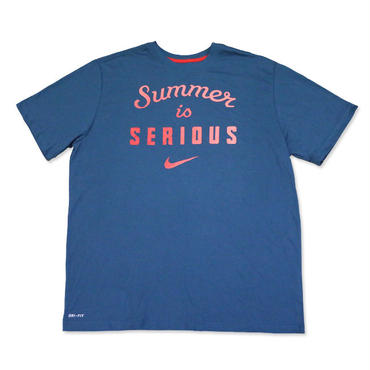 """【日本未発売】NIKE """"Summer is SERIOUS"""" T-Shirts (Navy / Pink)"""