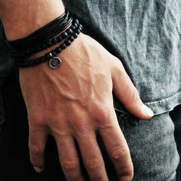 【CARPE DIEM 】ハンドメイド★魂の宿るパワージュエリー(ラヴァレザーコインブレス)