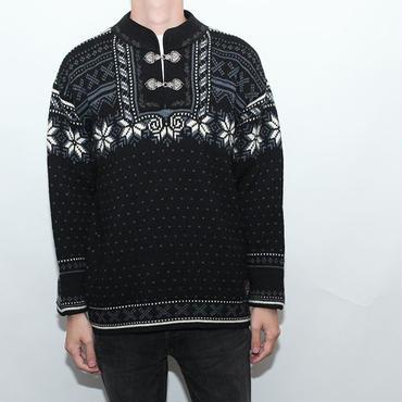 Vintage Knit Dale of Norway