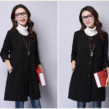 オススメ春コーデ 刺繍編みフィリング スプリングジャケット ノーカラー 黒 ブラック