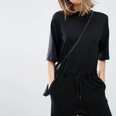 オールインワン サロペット ワンピース ショートパンツ 半袖 五分袖 ブラック 黒 黒色