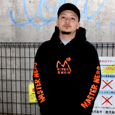 MASTER NESS (mountens) 10oz PULLOVER(black)