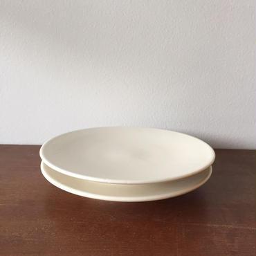 八重山陶磁 白磁平皿/宮良断(アンパル陶房)