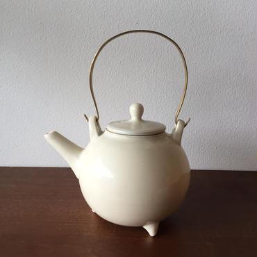 八重山陶磁 白磁チューカー/宮良断(アンパル陶房)
