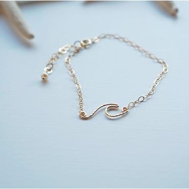 ハワイ【ki•ele/キエレ】Dainty Peahi Wave Bracelet/ウェーブ ブレスレット