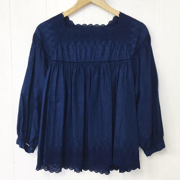 indigo-dyed square neck blouse / 03-8308001
