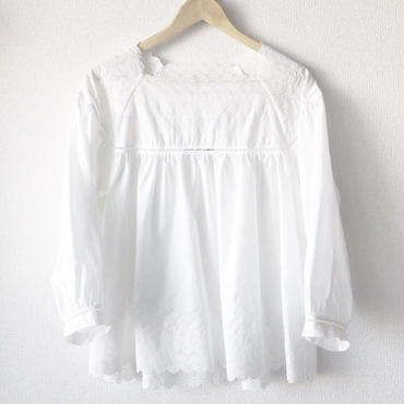 square neck blouse / 03-8108002