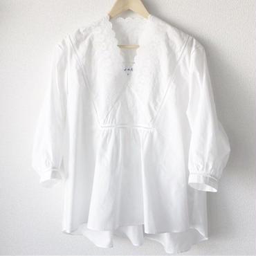 v-neck blouse / 03-8108001
