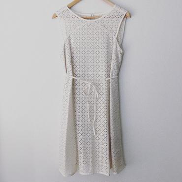 allover eyelet dress / 03-5305002
