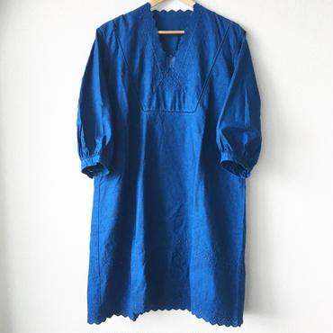 indigo-dyed v-neck op / 03-7205001