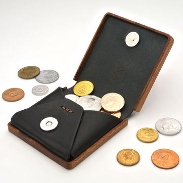 for coin case01 木と革のコインケース