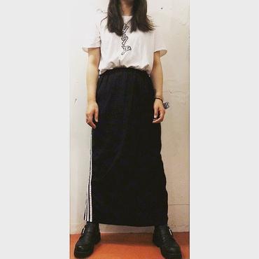 3line long skirt