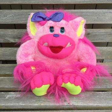 STUFFINS Pink Monster Plush Doll/スタフィンズ ピンクモンスター ぬいぐるみ/180609-6