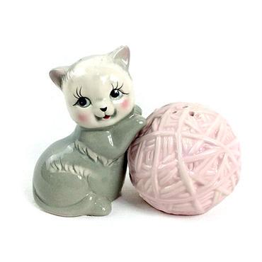 Kitten & Yarn S&P  子猫と毛糸のソルト&ペッパー