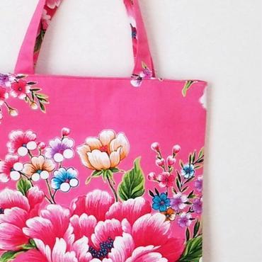 台湾花布のマチなしバッグ(濃いピンク・牡丹)