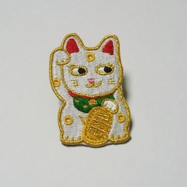 刺繍ブローチ「招き猫」レッド