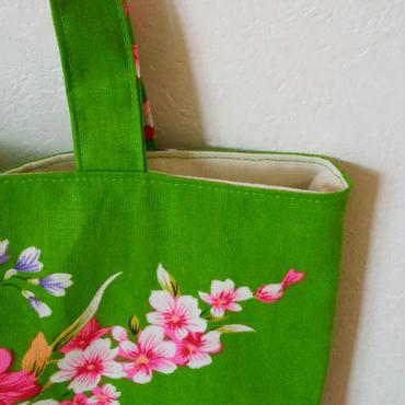 台湾花布のマチなしバッグ(グリーン・牡丹)