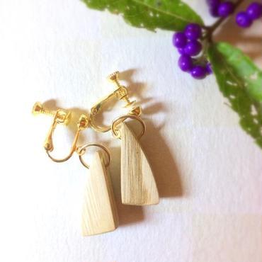 天然木のイヤリング【クリ/オイル仕上げ】