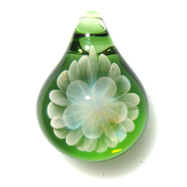 [MCN-47] mini clear flower pendant