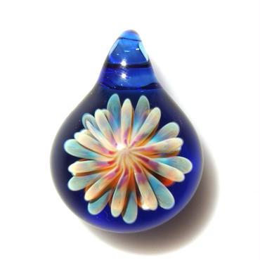 [MCUN2-47] mini clear unber flower pendant