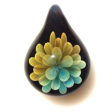 [MFN-50] mini spread flower pendant