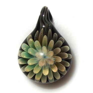 [FG-57] gradation flower pendant