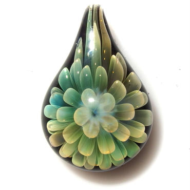 [FG-47] gradation flower pendant