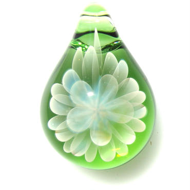 [MCN-44] mini clear flower pendant