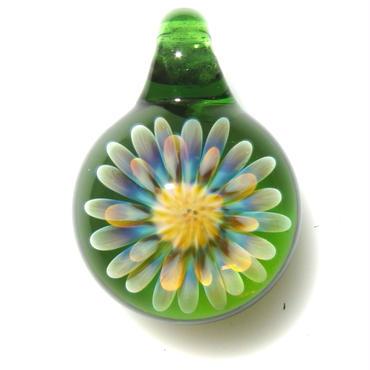 [MCUN2-07] mini clear unber flower pendant