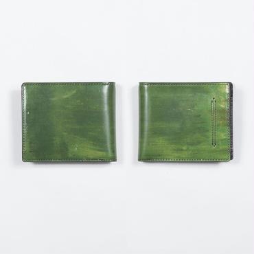 ある家の壁 財布
