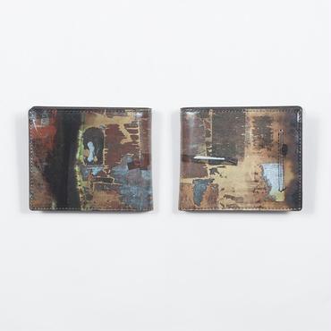 ステッカーの跡 二つ折り財布