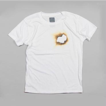 黒焦げになった紙 デザインTシャツ ユニセックス