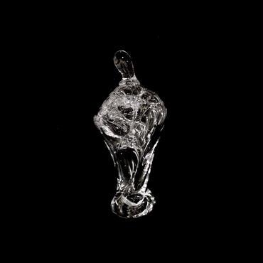 「男達」gla_gla , 2015 , ガラス