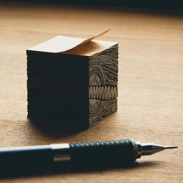 monmecci 彫刻フセン, 2個