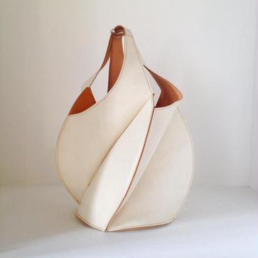 「EZO - 01 bag(大)白」24K