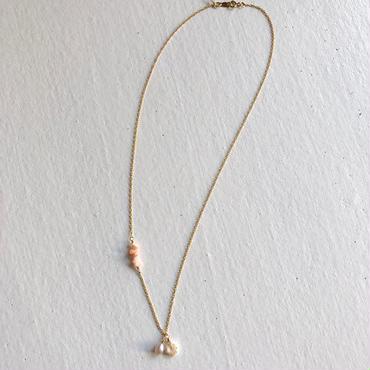 小さいプカシェルのネックレス
