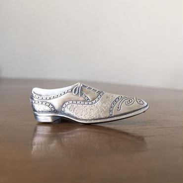 靴のネクタイピン
