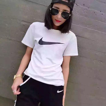 Nike ナイキ 上下セット 運動半袖 tシャツ XSH6036