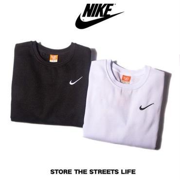 送料無料 人気新品 ナイキ Nike 男女兼用 パーカー 裏起毛 Q511
