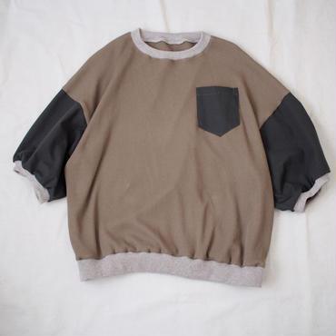 Tシャツ(グリーン系)