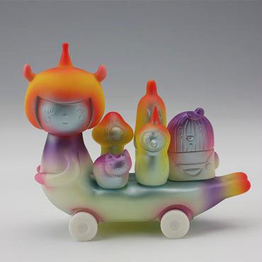 """Microbus """"To The Candy Kaijyu Planet"""" by Aya Kakeda"""