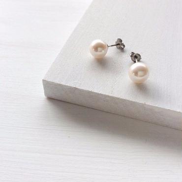 あこや真珠:pearl pierce【Ti】
