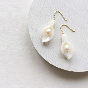 淡水真珠:pearl×shell pierce[K14GF]