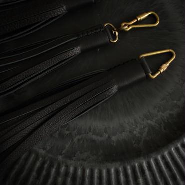 Leather long tassel / Key holder