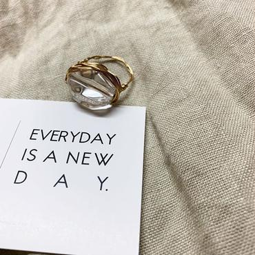 clear gold wire ring