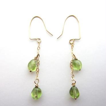 【UE068】 Peridot Chain Earring 14KGF(ペリドットチェーンピアス)