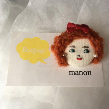 manon  dollsブローチ